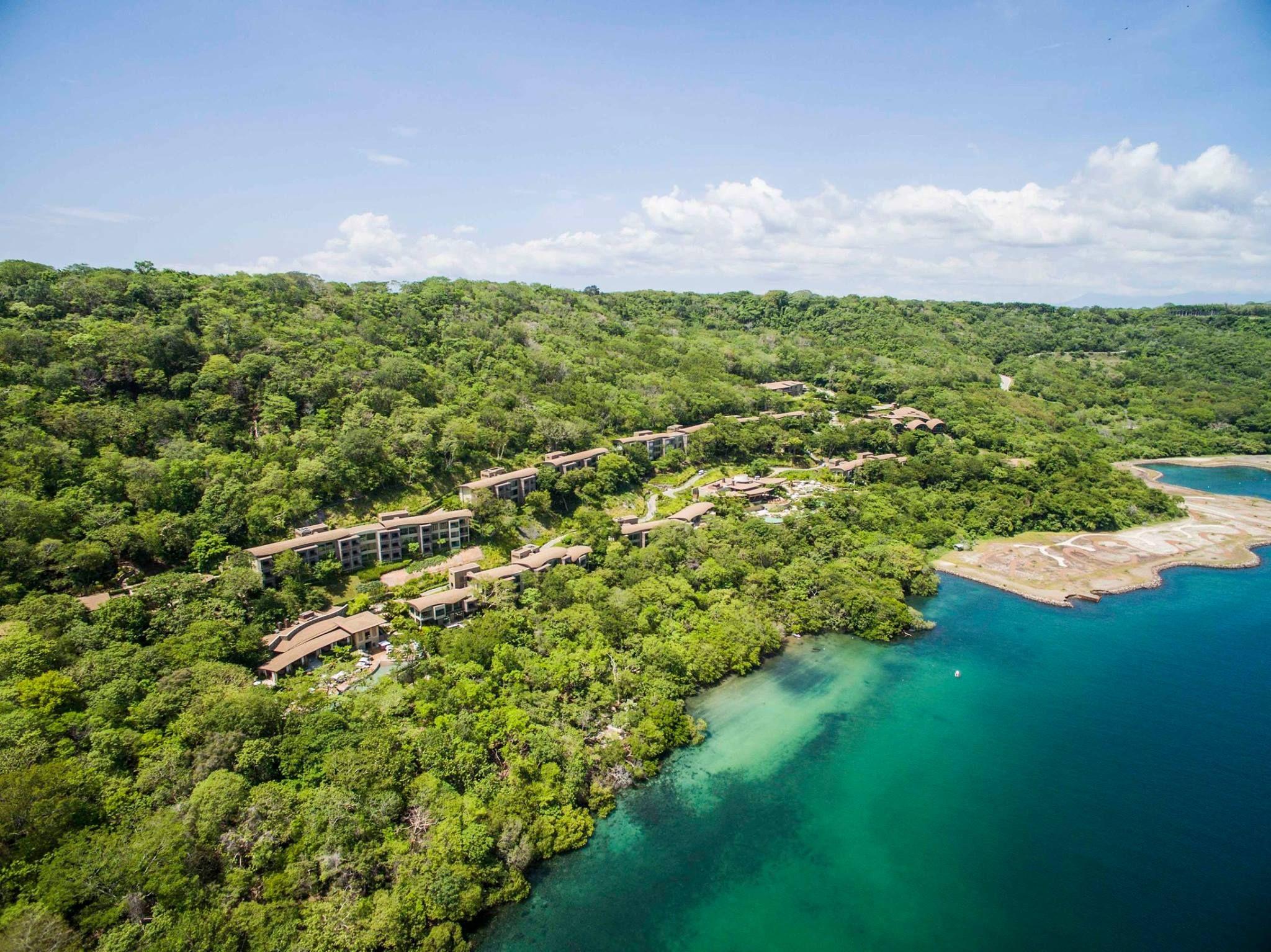 Costa rica ultra luxury central america vacation for Luxury vacation costa rica
