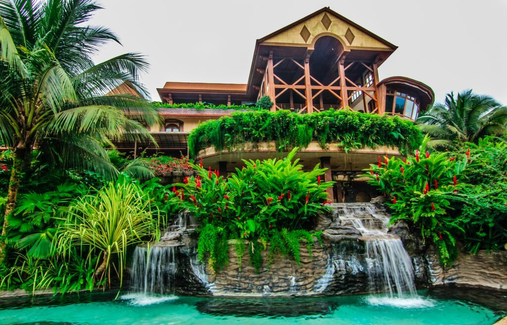 Six best family hotels in costa rica costa rica family for Luxury vacation costa rica