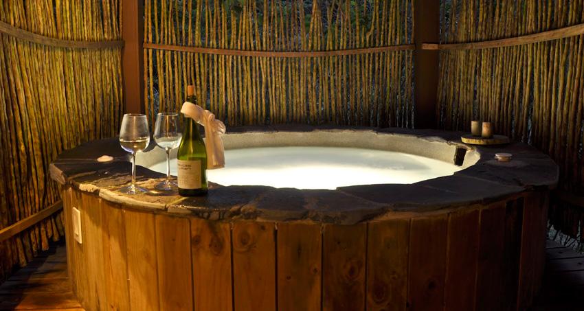 Honeymoon Hotels in Costa Rica