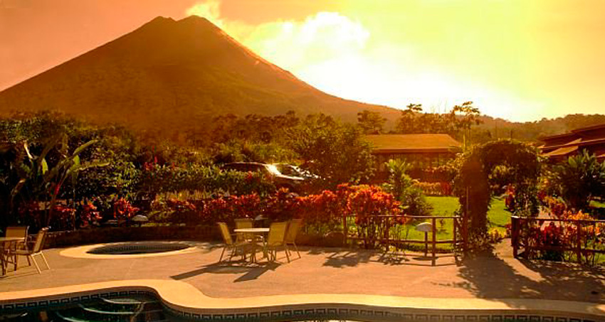 Hotels Near Volcanoes in Costa Rica