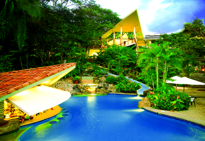 Si-Como-No-Waterslide-Costa-Rica
