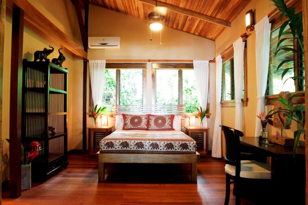 Osa-Romantic-Hotel