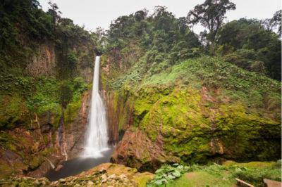 Costa Rica Waterfalls: Del Toro, La Fortuna, La Paz, Nauyaca, Rio Celeste